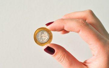 using_the_internet_to_make_some_money.jpg